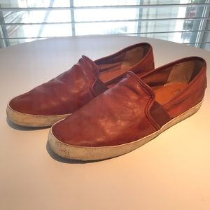 Frye Dylan Slip on leather shoes sz 10 Red Brown